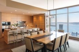 Warm modern penthouse/Allied8